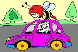 Pszczołka i pies w samochodzie